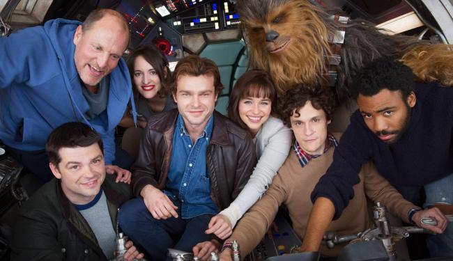 Elenco do filme que vai contar a história do jovem Han Solo - Foto: Divulgação