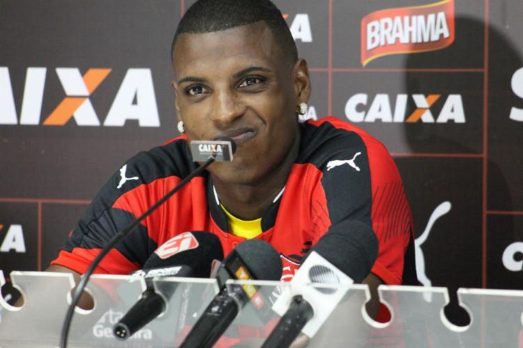 Bruno falou com a imprensa nesta quarta - Foto: Mauricia da Matta | EC Vitória