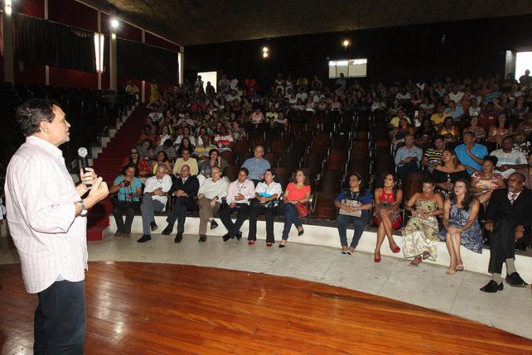 Secretário Walter Pinheiro abriu evento nesta quarta-feira, 1º, na Escola Parque, na Caixa D'Água - Foto: Alberto Coutinho l Gov-BA
