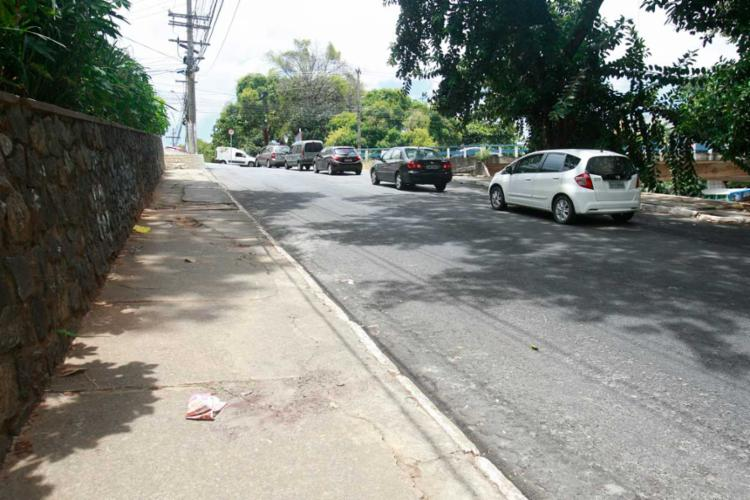 Crime aconteceu na ladeira onde fica a emissora Record - Foto: Edilson Lima   Ag. A TARDE
