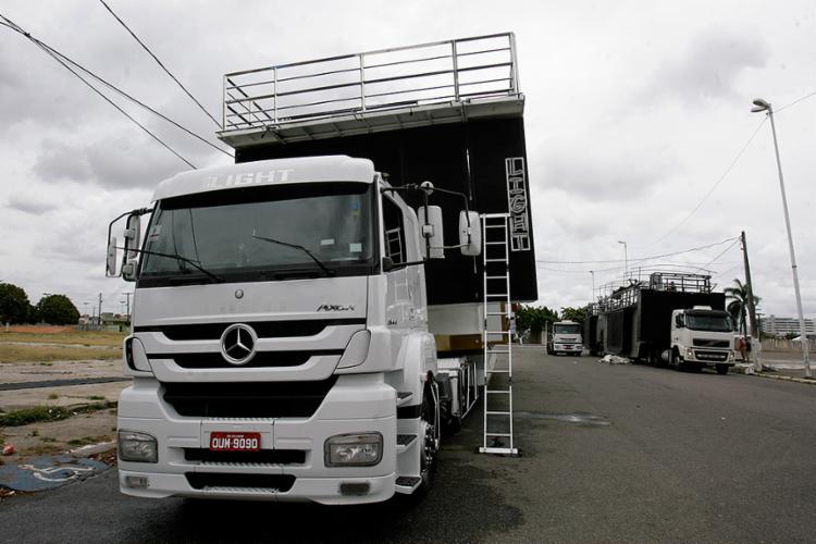 Avaliação inclui itens de segurança e condições mecânicas e operacionais do veículo - Foto: Mila Cordeiro l Ag. A TARDE