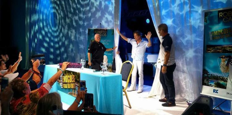 Roberto falou que show volta ao navio no próximo ano - Foto: Bruno Porciuncula | Ag. A TARDE