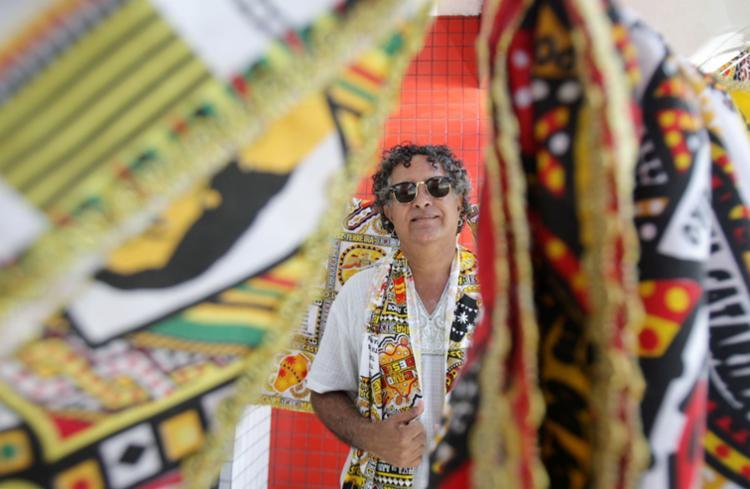 Mundão assina a identidade visual do bloco afro há 12 anos - Foto: Raul Spinassé | Ag. A TARDE | 18.02.2017