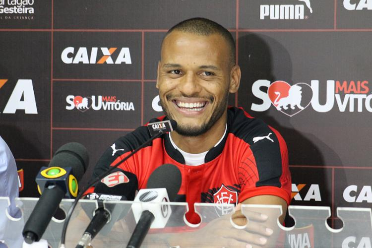 """Patric, lateral-direito do Leão: """"Estou louco para jogar"""" - Foto: Maurícia da Matta l EC Vitória"""