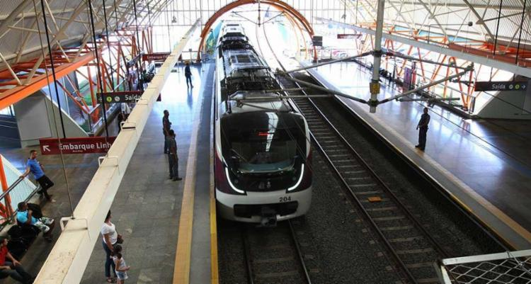 Até início de 2018 a previsão é que o metrô chegue ao Aeroporto - Foto: Margarida Neide | Ag. A TARDE
