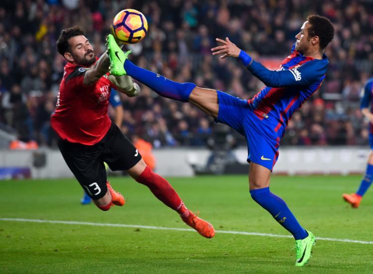 Neymar foi titular no último jogo pelo Campeonato Espanhol - Foto: Josep Lago | AFP