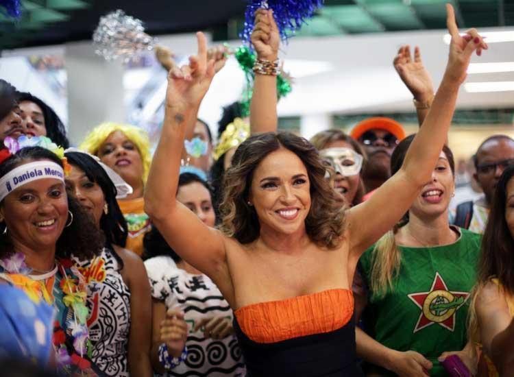 Daniela faz show grátis no palco Skol - Foto: Raul Spinassé | Ag. A TARDE