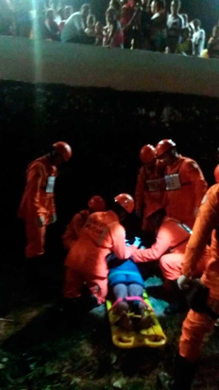 Acidente ocorreu próximo à rua Adhemar de Barros, no bairro de Ondina. - Foto: Divulgação | Corpo de Bombeiros
