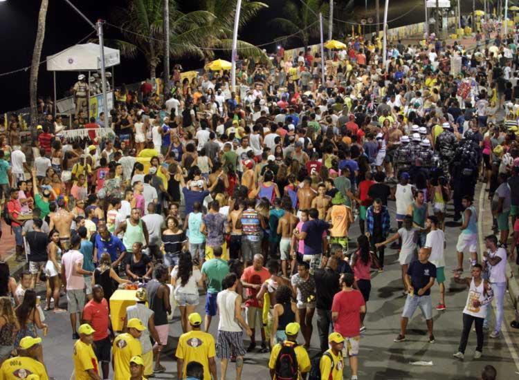 Crime ocorreu no Circuito Dodô, durante o Carnaval - Foto: Adilton Venegeroles   Ag. A Tarde