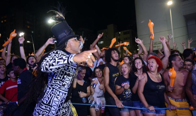 Carlinhos Brown vai comandar o Arrastão após o último bloco na Barra - Foto: Imas Pereira   Divulgação