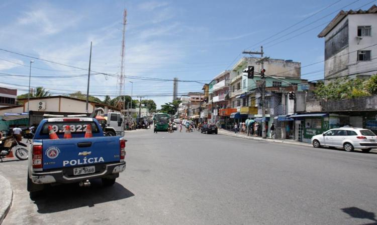 Polícia aumentou a segurança no bairro - Foto: Edilson Lima | Ag. A TARDE