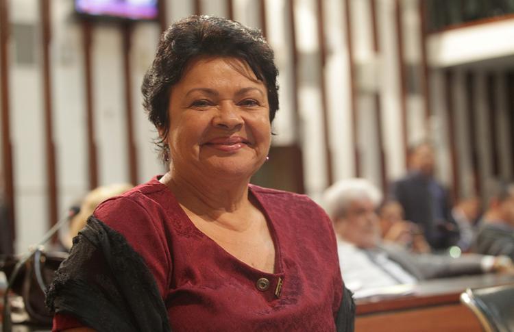 Luíza Maia afirma que vai recorrer da decisão do juiz - Foto: Adilton Venegeroles l Ag. A TARDE l 14.12.2016