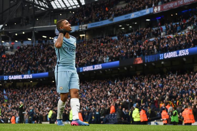 O jogador pode ficar de fora pelo resto da temporada - Foto: Paul Ellis | AFP
