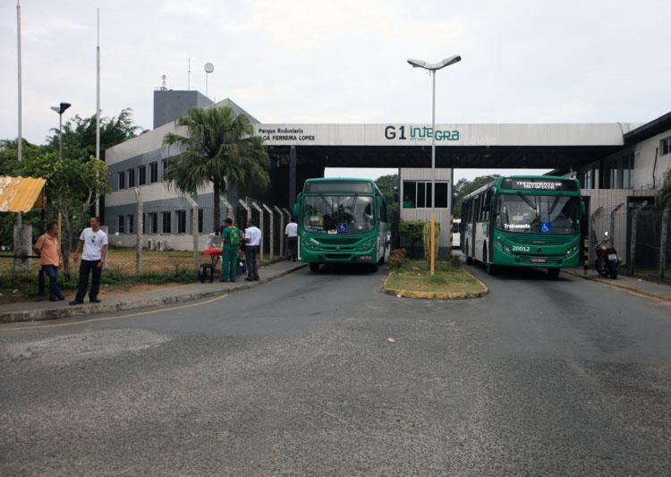 Capital baiana pode ficar sem coletivos na próxima semana - Foto: Raul Spinassé | Ag. A Tarde