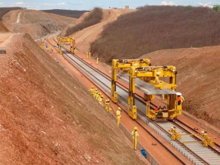 Dinheiro seria a construção de trechos da Ferrovia de Integração Oeste-Leste, a Fiol, entre Caetité e Barreiras - Foto: Divulgação