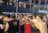 Foliões amanhecem na rua para curtir a Quarta-feira de Cinzas | Foto: