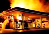 Posto de combustível desativado pega fogo em Feira de Santana | Foto: