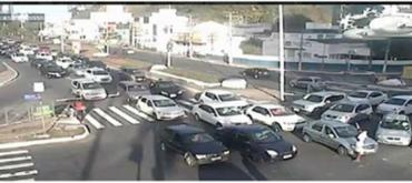 Grupo de motorista passou pelo Largo da Lucaia - Foto: Divulgação | Transalvador
