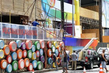 Estruturas feitas para o Carnaval têm até 10 de março para serem desmontadas