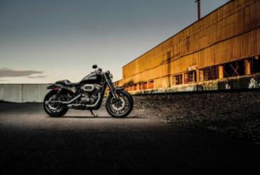 Roadster aumenta a família Sportster da Harley-Davidson