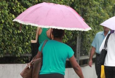 Tempo continua instável em Salvador