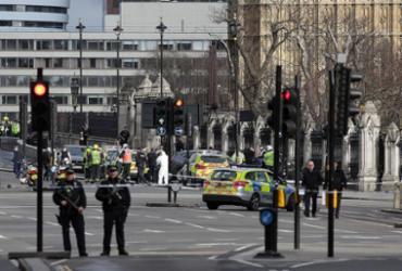 Número de mortos sobe para 5; extremismo islâmico pode ter relação