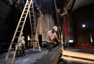 Teatro da Casa do Comércio avalia prejuízo com incêndio