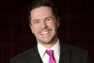 Pedro Mariano apresenta show inédito no TCA