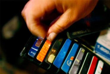 Caixa anuncia novas condições para uso do rotativo do cartão