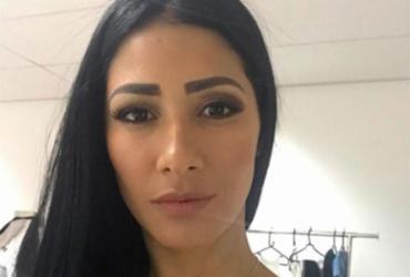 Cantora Simaria apresenta infecção aguda e dupla cancela shows