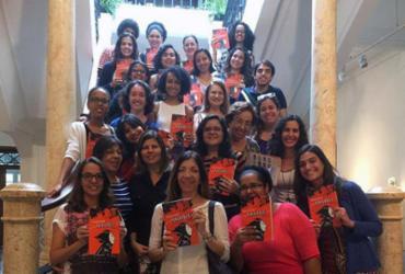 MAB recebe grupos de mulheres em programa de literatura