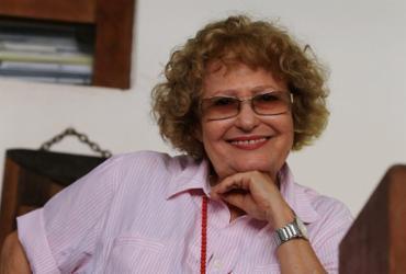 Symona Gropper lança livro de memórias nesta segunda-feira