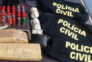 Homem é preso com roupa falsificada da Polícia Civil na feira