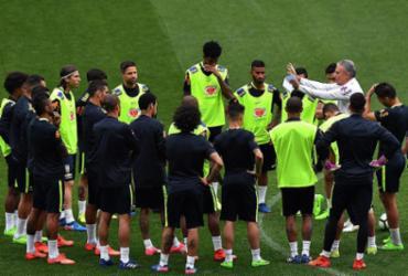 Brasil pega Paraguai para carimbar de vez vaga na Copa