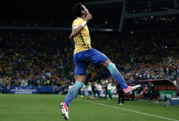 Brasil dá novo show e bate Paraguai no Itaquerão. Assista aos gols!