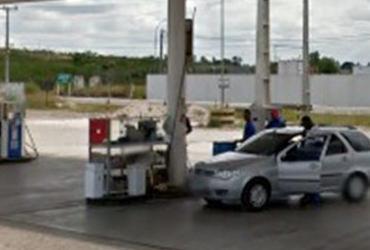 Bandidos explodem cofre de posto de gasolina na BR-324
