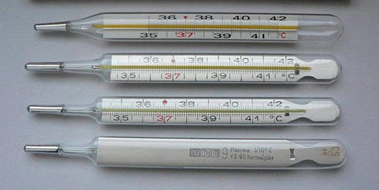 Termômetro e medidores de pressão ainda são muito utilizados - Foto: Divulgação   Anvisa