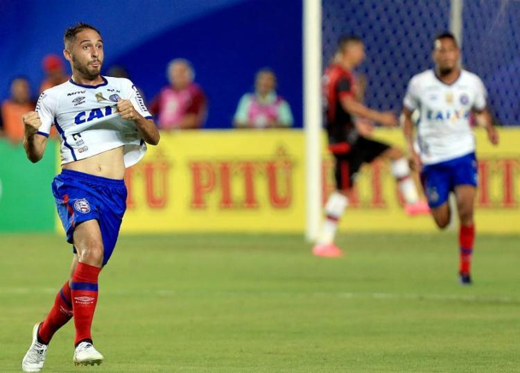 Régis fez dois gols contra o Moto Club - Foto: Felipe Oliveira / EC Bahia / Divulgação