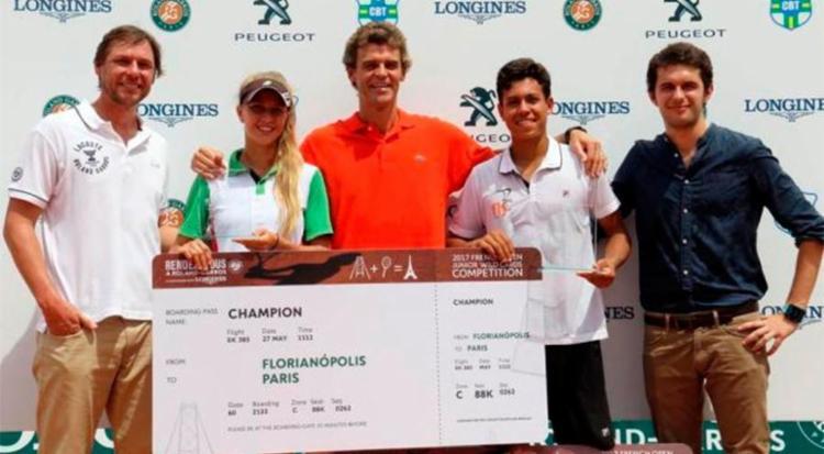 Natália e João venceram o torneio Rendez-Vous à Roland Garros neste domingo - Foto: Cristiano Andujar | Divulgação