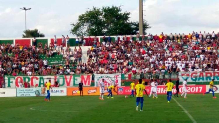 A partida marcou a volta do Jacuipense ao Valfredão - Foto: Edmilson Amorim | FBF