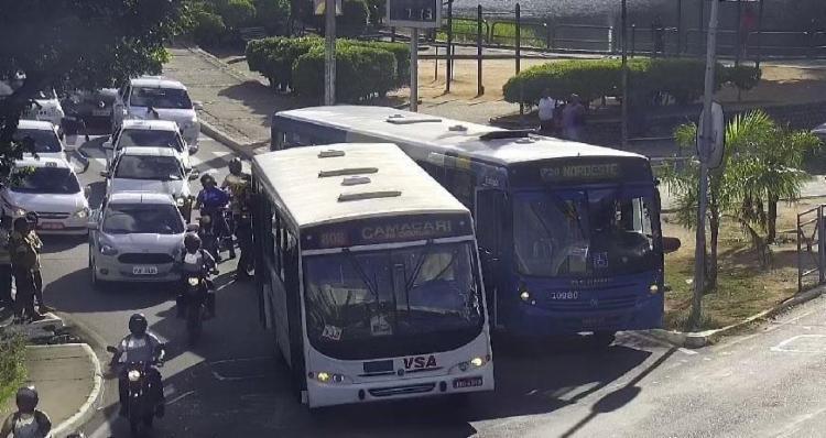 Acidente aconteceu nas imediações da Praça João Mangabeira - Foto: Divulgação | Transalvador