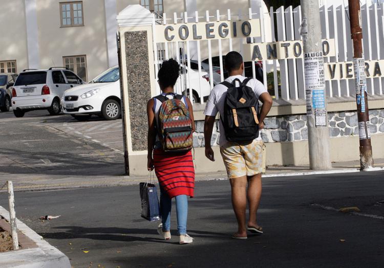 Escolas particulares só aderem à paralisação nesta quarta-feira, 15, segundo sindicato dos docentes - Foto: Margarida Neide l Ag. A TARDE