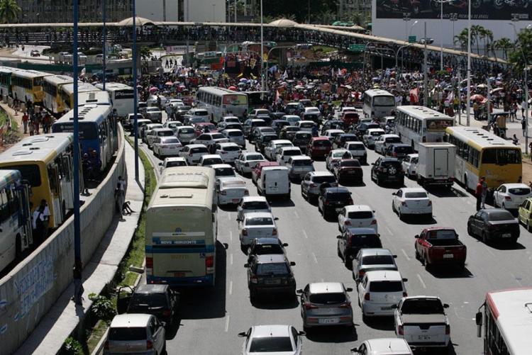 Salvador é quarto na América Latina e 28º no mundo no ranking que avalia trânsito - Foto: Edilson Lima | Ag. A TARDE