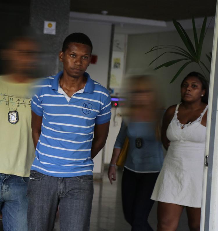 Rhamuze Moreira e Karolina Costa são apontados como integrantes de quadrilha - Foto: Joá Souza l Ag. A TARDE