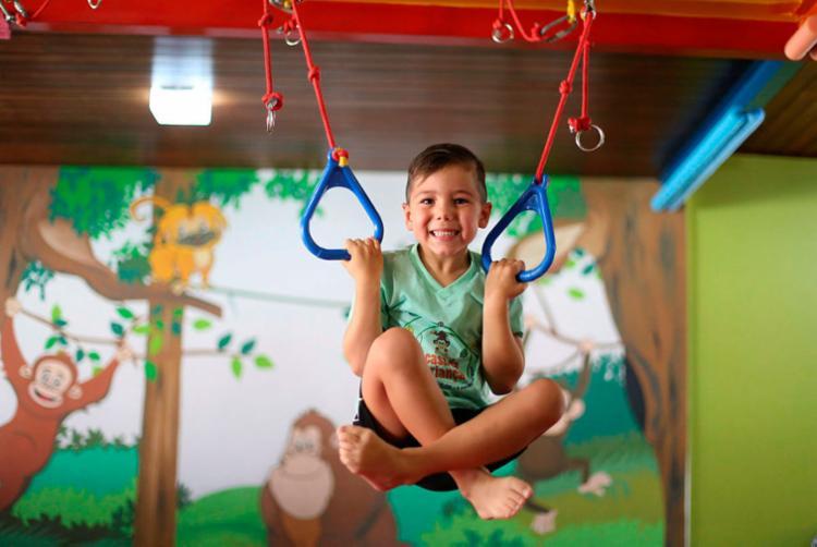 Markus frequenta academia para criança desde que tinha um ano e meio - Foto: Raul Spinassé | Ag. A TARDE