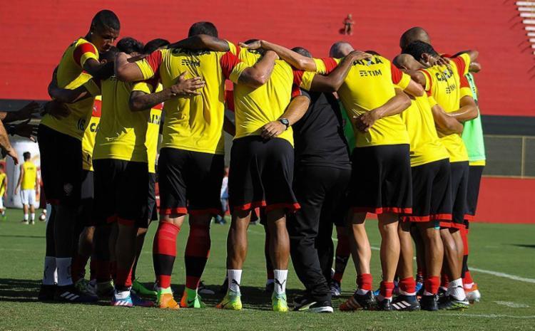 Time tem nova partida decisiva e jogadores brigam para garantir a titularidade contra o Sergipe - Foto: Maurícia da Matta l EC Vitória