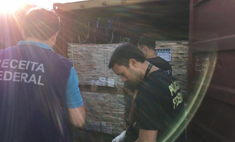 Droga estava escondida em navio que transportava pedras - Foto: Divulgação | Receita Federal