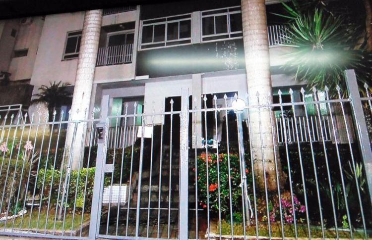 Prédio está localizado na Rua Vanderlei Pinho, no Itaigara - Foto: Reprodução | TV Record