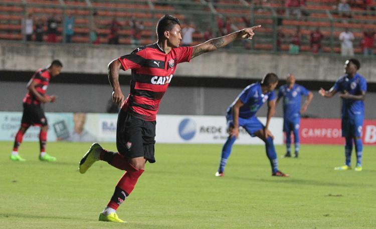 Kieza marcou o gol solitário da partida - Foto: Adilton Venegeroles l Ag. A TARDE