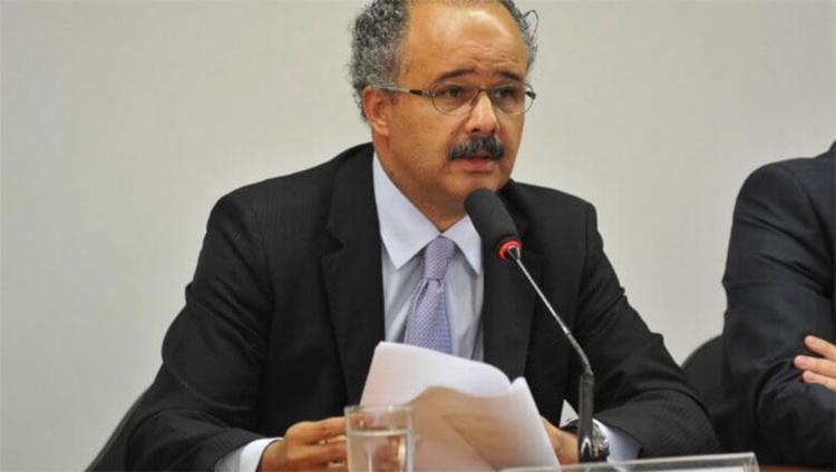 Relator Vicente Cândido propõe que 70% dos recursos das campanhas virão de financiamento público - Foto: EBC